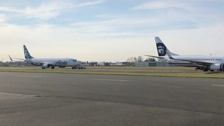 Commercial Service at Paine Field